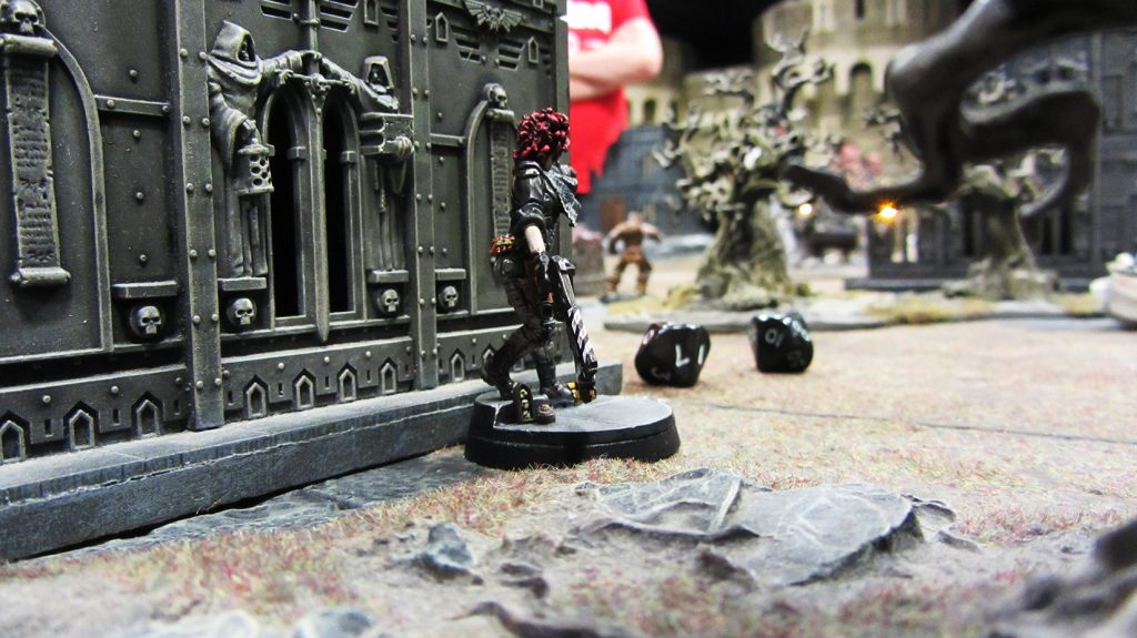 Trellio sneaks up on the Twicefold cultists