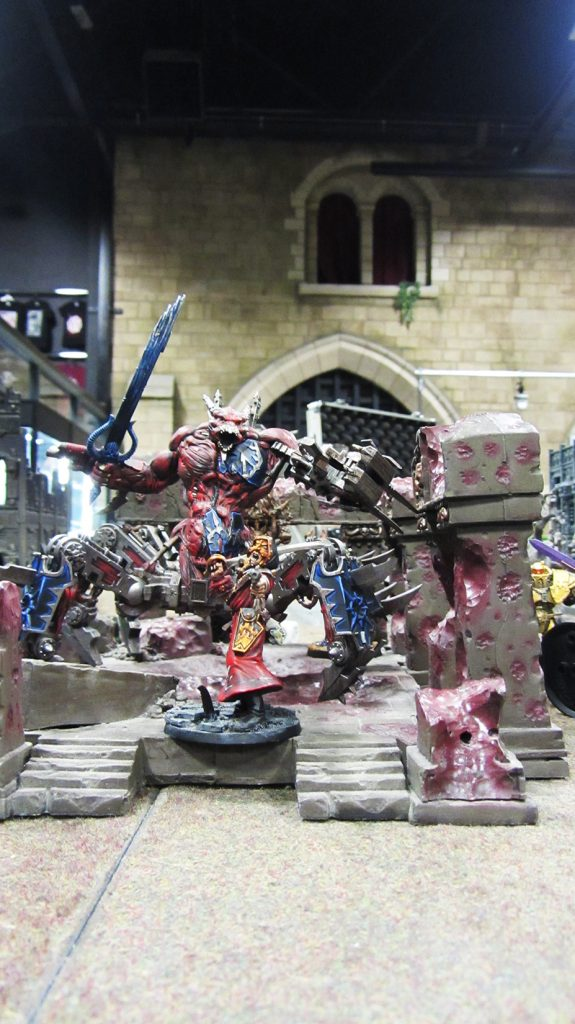 The death of the cultists spawns a hideous daemon engine!